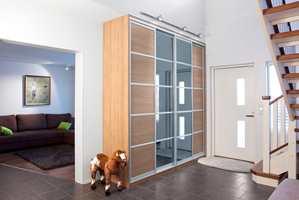 God garderobeplass er alltid bra å ha! I Norge er det Fibotex som har agenturet til den dyktige finske produsenten, Inaria.