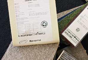 <b>MERKING:</b> Sjekk merkingen på teppet. Det er med tepper som med klær, noen produkter tåler mer enn andre. (Foto: Bjørg Owren/ifi.no)