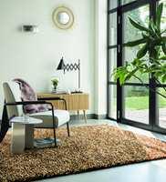 <b>MYKT:</b> Et stort, mykt teppe på gulvet i nærheten av spiseplassen bidrar også som støydemper. Jo større dess bedre. Teppet er fra Tapethuset.