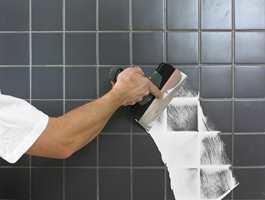 Når tak eller vegger skal sparkles, sparer du mye tid og arbeid ved å velge en sparkelmasse som er enkel å påføre, som herder raskt, er lett å slipe og kan benyttes til alle typer underlag.