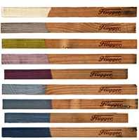 Flüggers trendpalett for treoljer består av ni herlige farger!