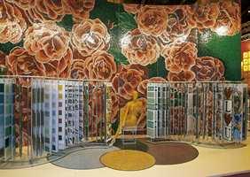 Italiensk design: Gamle motiver, nye materialer - her mosaikke keramiske fliser i naturmønstre.