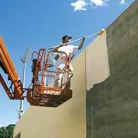 Juni 2005 - Bisletts nye fasader males igjen gule.
