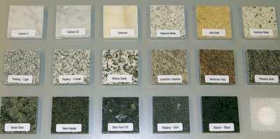 Det er mye farger og spill også i en kolleksjon med steinfliser.