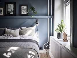 <b>SOVEROM:</b> Blåfjell er en ypperlig soveromsfarge, den passer like godt enten rommet vender mot nord eller sør.
