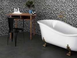 Her er tidsriktige fristelser til badet - både gulv og vegger får sitt.