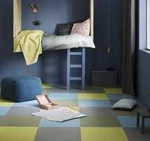 <b>KLIKK:</b> Med klikklinoleum kan du sette sammen fliser i ulike farger for å få et helt unikt gulv. Her er det brukt Marmoleum Click fra Forbo Flooring. (Foto: Forbo Flooring)