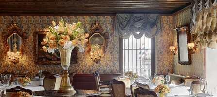 Hotellet som i alle år har huset celebriteter har nå fått et moderne ansiktsløft. Tekstilene til det velrenommerte italienske luksushotellet kommer fra Rubelli.
