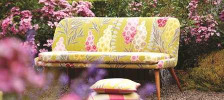 Hva er vel ikke mer sommerriktig en sommersolens farge - gul? Tar du med sennep blir det en ekstra spiss til interiøret.