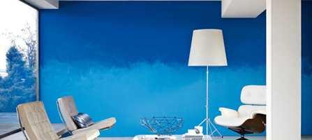 Blått representerer vann. Her en fargegradert vegg med farger fra Nordsjö.