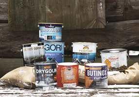 Her er et utvalg av ulike heldekkende produkter for overfaltebehandling utendørs.
