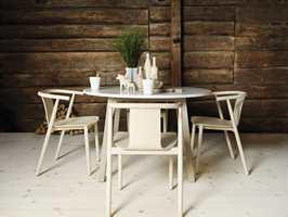 Furugulv er populært på hytta, ifølge Katharina Sølvberg i Södra.