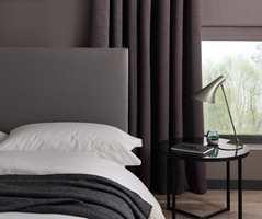 <b>HOTELL:</b> Hotellstilen er fremdeles aktuell, og Birgit Torkildsby hos Borge tror det kan være noe av grunnen til at gardiner tas inn igjen. (Foto: Borge/Clarke & Clarke)