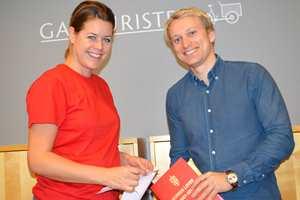 Tale Henningsen gir maling og Jørgen Markus Jørgensen gir rettshjelp.