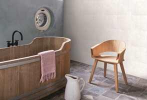 Så lenge du følger våtromsnormen, er det ingenting i veien for å gi badet et personlig preg med våtromstapet.