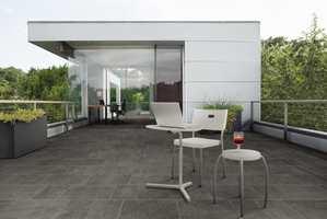 De keramiske flisene er bestselgere til gulv og vegg - både inne og ute.
