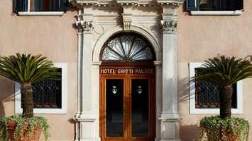 Velkommen til hotell Gritti. Et hotell som har huset celebriteter i en årrekke.