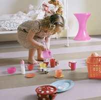 <b>GØYALT:</b> Marmoleum Click er linoleumsfliser som er enkle å legge og gøy å designe! Samtidig har det alle egenskaper et barnerom trenger. Fra Forbo Flooring. (Foto: Forbo Flooring)