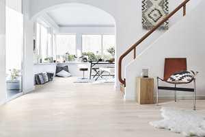 <b>GULVET FØRST:</b> Gulvet har blitt viktigere, og flere velger gulvet først når de skal pusse opp. (Foto: Tarkett)