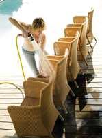Møbler i kunstrotting har lang levetid, også i vårt nordlige klima. Med riktig bruk og oppbevaring holder de seg pene i flere år. Møblene trenger ikke vedlikehold på samme måten som tremøbler, og regelmessig vask med et mildt såpevann er det som trengs. Med hageslang og en børste kommer man til mellom de flettede fibrene. Styr unna høytrykkspyleren som er for sterk.
