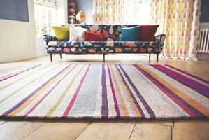 Et fargerikt og flott teppe fra Harlequin.