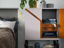 <b>HAVSTULPAN:</b> Skapet malt i fargen Havstulpan 506 fra Beckers.