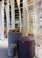 <b>KJØLIG KOMBINASJON:</b> Flate og transparente tekstiler gir interiøret et luftig, men kjølig preg. (Foto: Bjørg Owren/ifi.no)