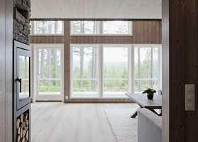 <b>MODERNE: </b>Med tre på både vegger og gulv, blir huset moderne og trendy. Dessuten er bruk av treverk bra for både miljø og inneklima.