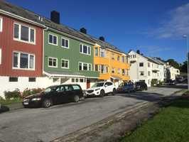 <b>PLAN:</b> Konsul Johnsens gate i Kristiansund er fargesatt av Arne Korsmo. Nå skal fargeplanen reddes fra gråning.