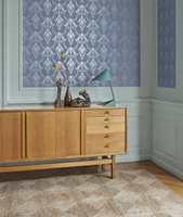 <b>KOMBINASJON:</b> Her er tapetet Vintage 601034 fra Heritage kombinert med fargen Dove Blue 55 fra Flüggers historiske farvekart.