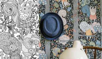FARGELEGG TAPETET: Skriv ut ark med deler av mønsteret til et lekent designtapet, og fargelegg med favorittfargene. Fargelegging er en morsom aktivitet for både liten og stor.