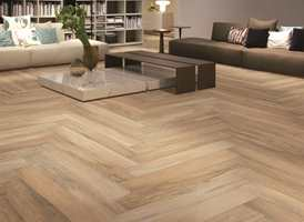 Et naturtro gulv - av keramiske fliser. Serien Xilema består av fliser som til forveksling er lik ekte tre!