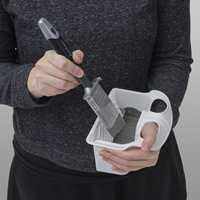 <b>PENSEL:</b> Karet kan brukes sammen med pensler opp til 50 millimeters bredde.
