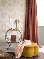 <b>MULIGHETER:</b> Høstpaletten er bred, med mange muligheter til å kombinere farger og lage din personlige vri. Tapet fra kolleksjonen In Bloom fra Borge.