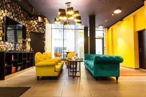 <b>KULT MED GULT:</b> Thon hotell Nidaros i Trondheim er blitt landets mest fargerike hotell.