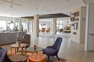 Quality Hotell & Resort i Langesund pusses opp for 55 millioner kroner. Foajé, bar og restaurant er innredet med keramiske fliser fra Höganäs og tepper fra Egetepper på gulvet.
