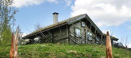 Skal alle ha glede av naturlandskapet rundt hytta bør hytteeierne bruke farger som støtter opp om naturlandskapet.