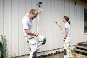 <b>HUSVASK: </b>Vask huset før du gjør i stand resten av utemiljøet. (Foto: Jordan)