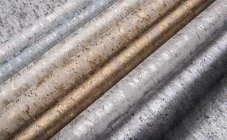 <b>SKIMMER:</b> Løft hjemmet med et hint av glitter i stua eller på soverommet. Disse tapetene er fra Antares fra Omexco/Intag.