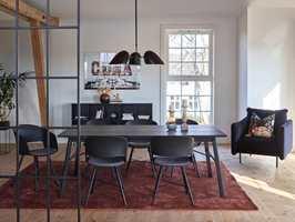<b>TEPPE:</b> Velg teppe etter bruk, og skap hyggelige soner i rommet. Teppe fra InHouse Group.