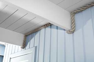 Tauet markerer overgangen mellom tak og vegg – en tøff detalj!