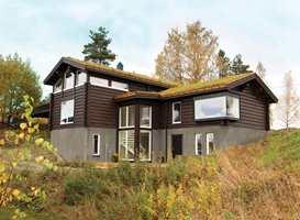 Det norske hyttelivet er lite påvirket av konjunktursvingninger. Oljeprisfall og tilhørende usikkerhet har tilsynelatende hatt en positiv effekt på hyttemarkedet både når det gjelder salg og oppussing.