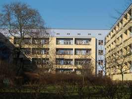Bilder fra områdene Gartenstadt Falkenberg, Onkel Toms Hütte og Hufeisensiedlung, Berlin.