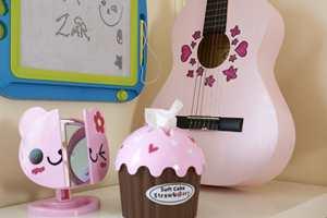 Mamma Henriette fikk brukt sine kreative evner da lekene fra brukthandleren ble dekorert.