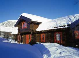 Tradisjon og komfort teller mest når vi innreder hytta på fjellet.