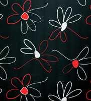 Litt retro og ganske tøft blir blomstermønsteret med sort bunn.
