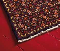 Hva passer bedre enn et orientalsk teppe på gulvet?