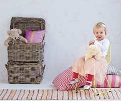 HC Andersen barnetapeter føres av Inspirasjon Interiør.