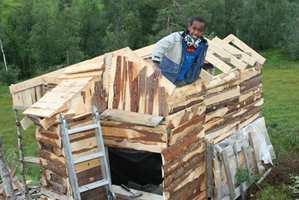 Richard (13) vant Barnas Trepris i 2012. Han har bygget hele tre lekehytter, møbler og knagger.