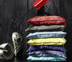 Lin, fløyel, bomull - forlokkende tekstiler til alle rom og mange bruksområder.